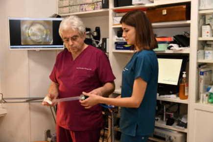 preparazione del paziente e assistenza al medico